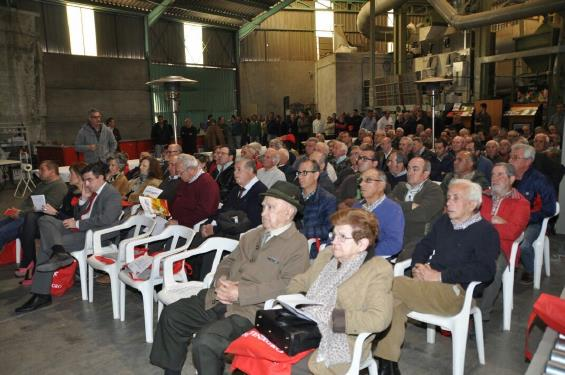 Público presente a las charlas en las instalaciones de PIROSA